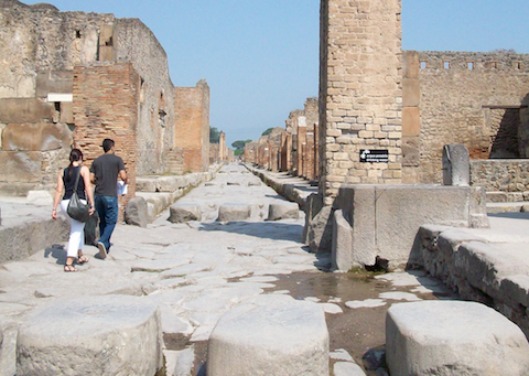 adventure vacation ideas pompeii